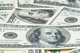 Dólar opera em queda após perspectivas inalteradas nas eleições dos EUA.